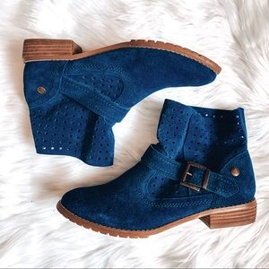 Restricted Leather Suede Blue Ankle Boots 9